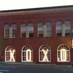 XOXO YU Building signage